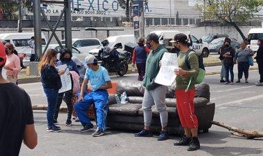 Bloquean vía Morelos; exigen ayuda por lluvias