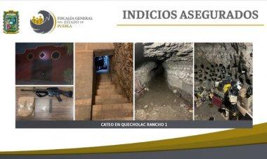 Encuentran túnel, armas y droga en Puebla